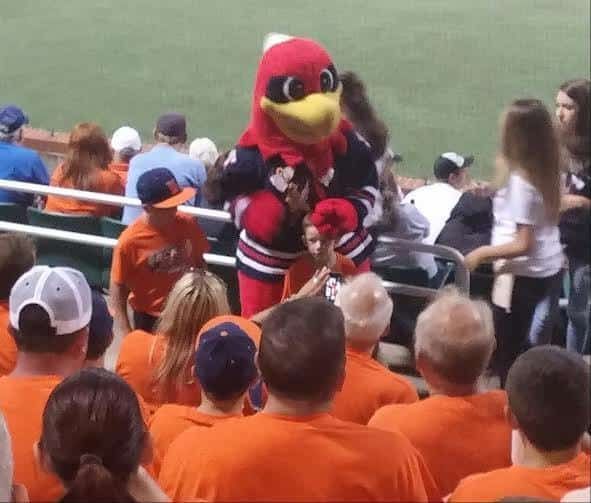 Chopper mingles with Martellas fans 2015