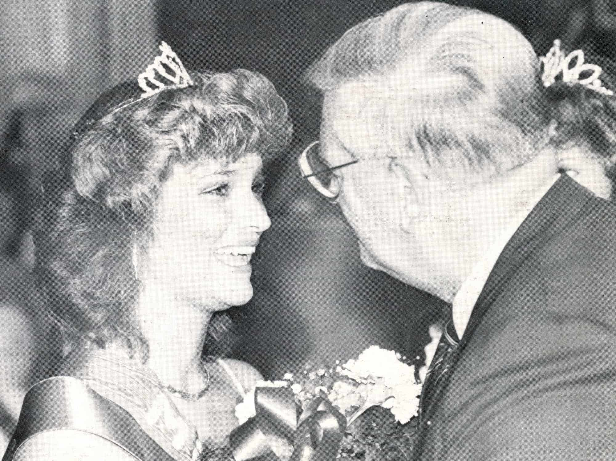 1983 AAABA Tournament Queen Joan Slovensky and Mayor Herb Pfuhl