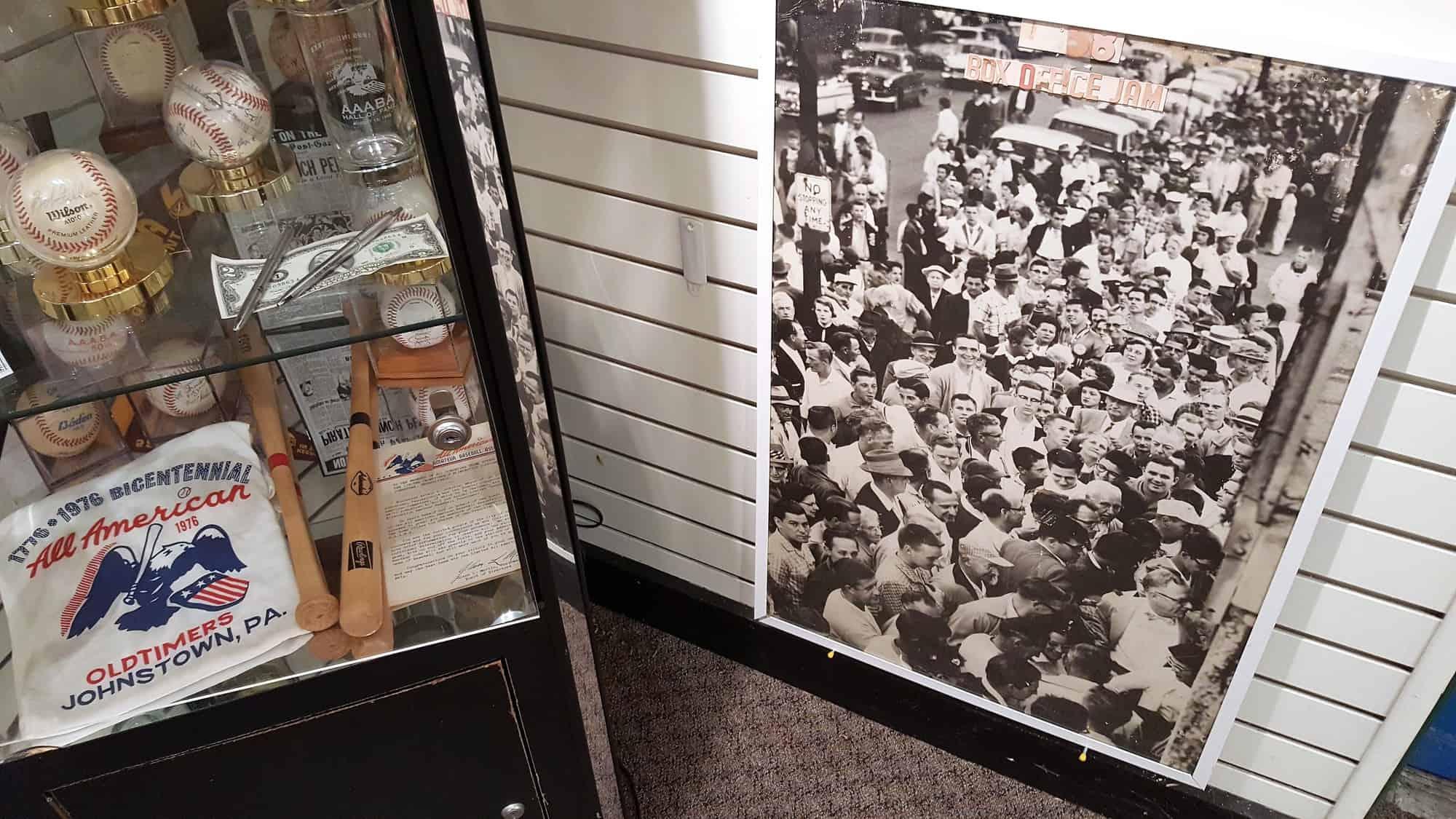 AAABA HOF photo of 1958 crowd
