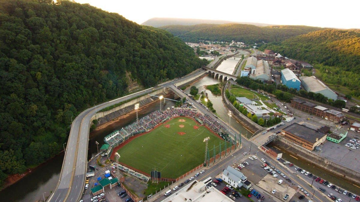 AAABA title game 2018 from above