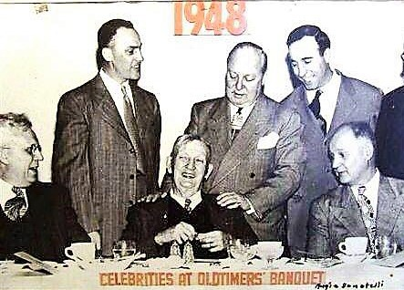 Cy Young at Oldtimers banquet in 1948