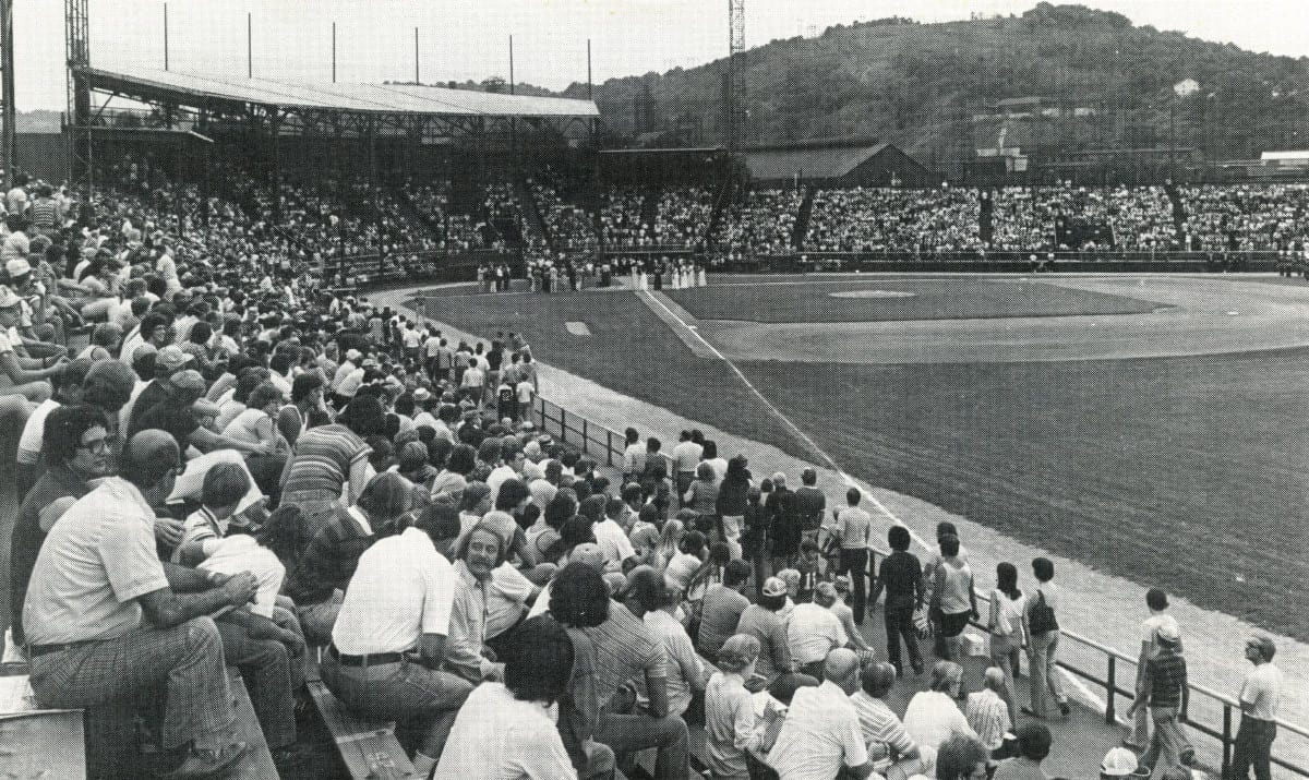 Point-Stadium-1978-AAABA-Tournament-first-tourney-game-after-77Flood