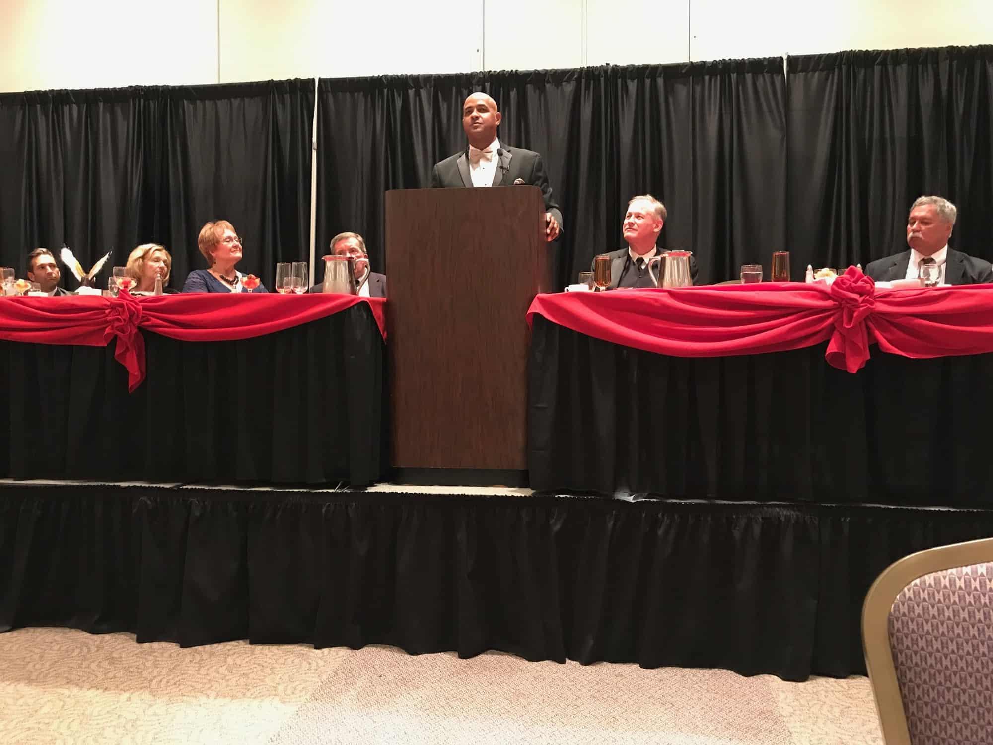 Roberto Clemente Jr at podium